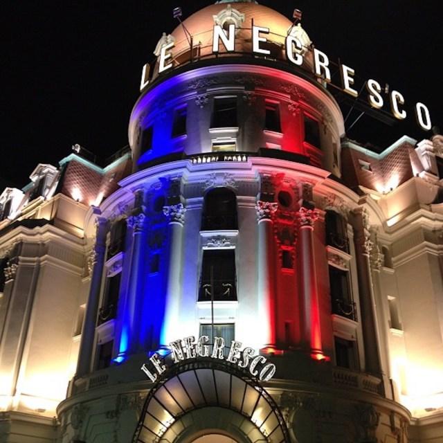 Negresco Tricolor