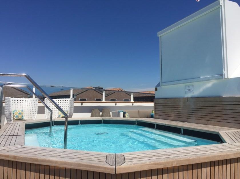 Crystal Espirit Swimming Pool