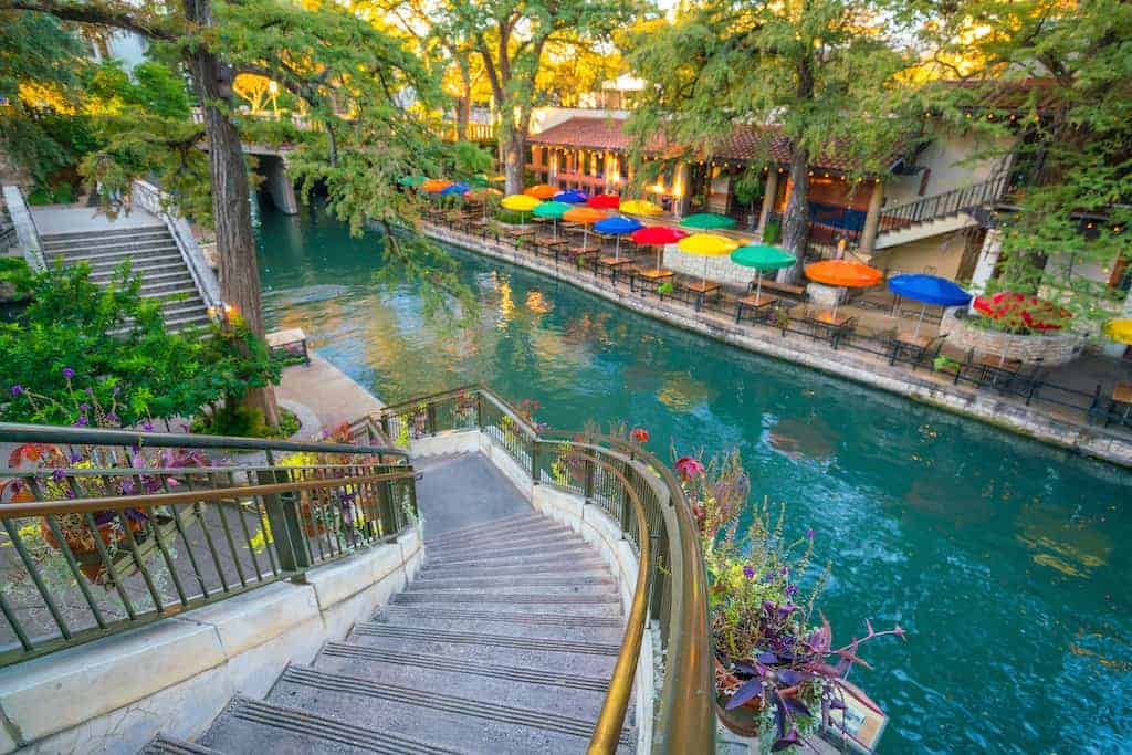 5 Awesome Things to do on Riverwalk San Antonio