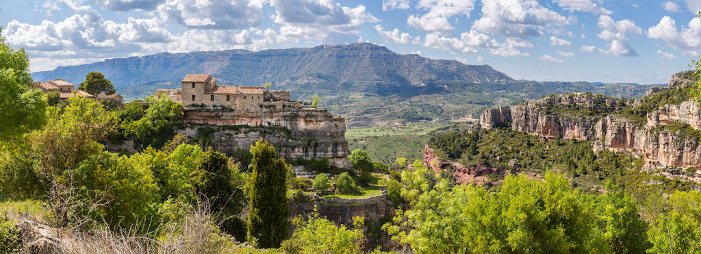 Here's an Ideal Itinerary for Visiting the Priorat Wine Region