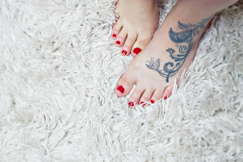 Scholl Velvet Smooth Feet Veet and Scholl Party Perfec Christmas Gifts www.wingitwithjade.com
