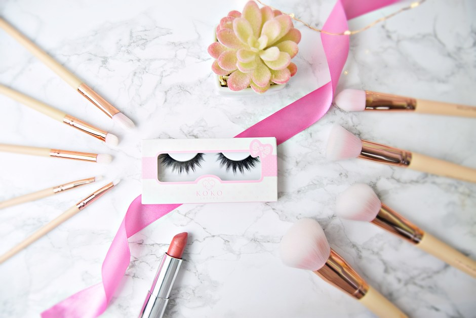 Flatlay - Review Koko Lashes in Dashin' www.wingitwithjade.com