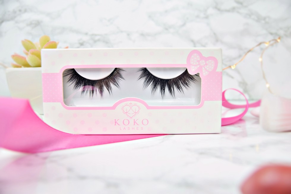 Product Closeup - Review Koko Lashes in Dashin' www.wingitwithjade.com