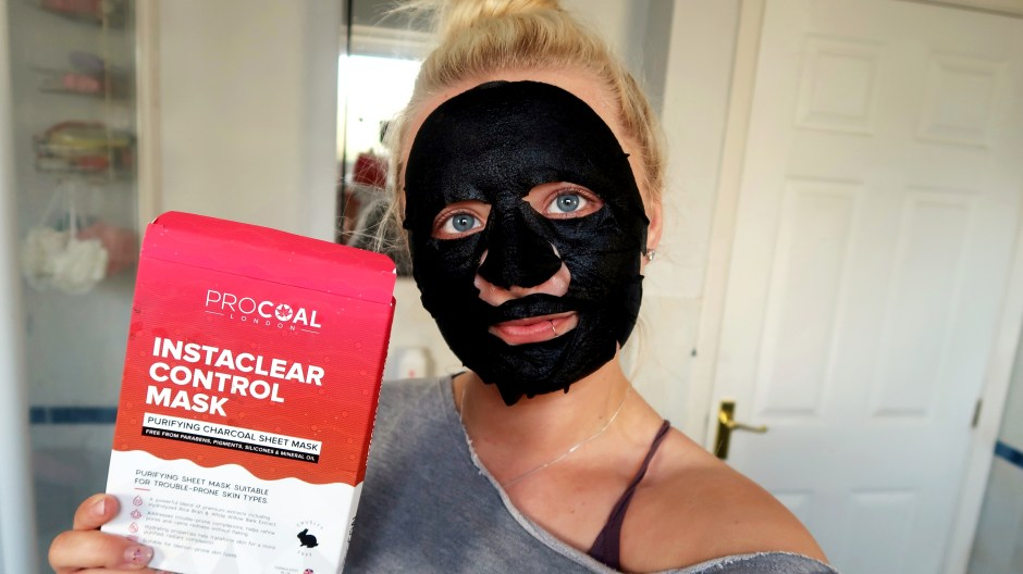 Procoal Instaclear Control Face Mask cover image