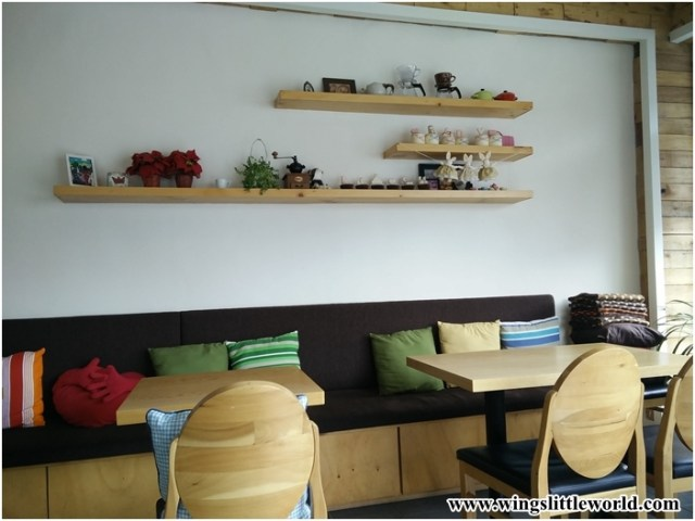 cafe-coffee-sweets-3