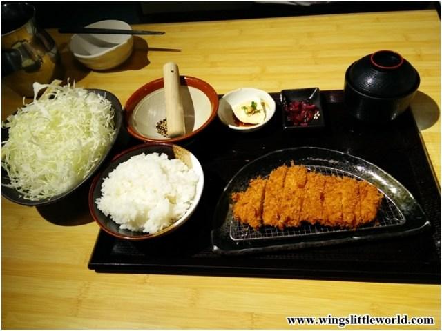 japanese-cuisine-tonkachi-12