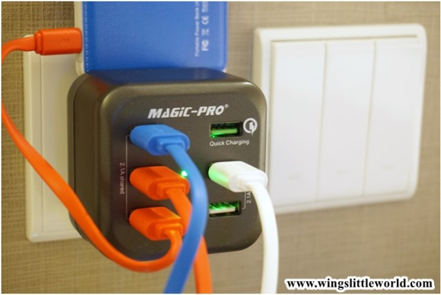 magic-pro-travel-charger-7