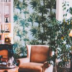 Palm tree wallpaper on wall _ wallpaper trends 2021