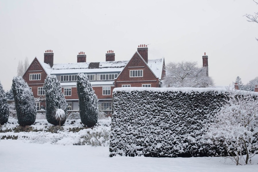 Heavy snow fall in 2010, photograph by Jenny Lily, Now and Then: November, Winterbourne House and Garden, Digging for Dirt