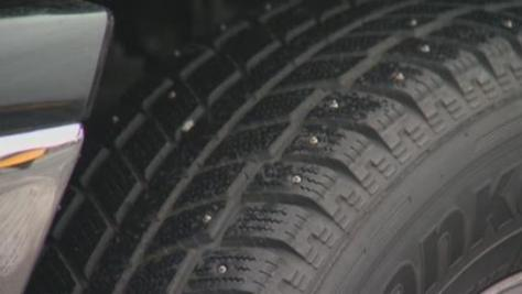 studded tyres