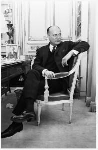 pierre-balmain-by-reg-lancaster-on-april-5-1965