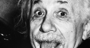 Felicità da Einstein ad Albano e Romina incontrando Steve Jobs in un Attimo Fuggente