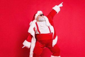 Questo Natale i regali si fanno solo ai bambi….NO