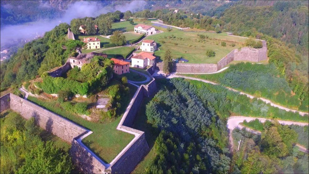 Mont'Alfonso Sotto le Stelle: musica e comicità al fresco della Garfagnana