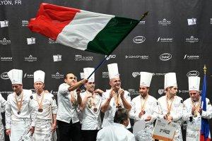 I pasticceri italiani conquistano il 1° posto alla Coupe du Monde de la Pâtisserie
