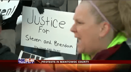 Manitowoc Protests-20160029222637_1454129966023.png