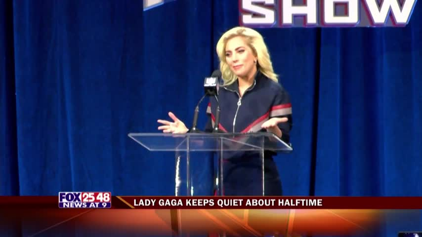 Lady Gaga Keeps Quiet About Halftime_24519011