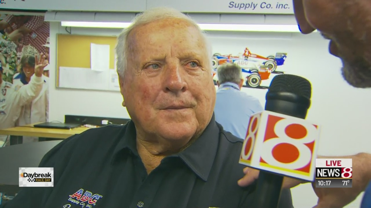 4-time Indy 500 winner A.J. Foyt: 'The race is won in the last 50 laps'