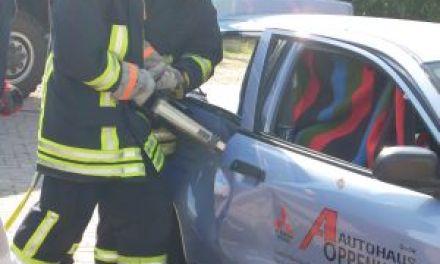 Rettungskarte: Ein handlicher Lebensretter fürs Auto