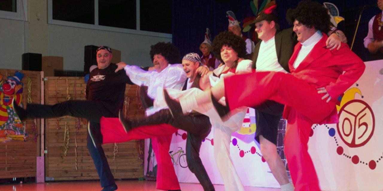 Gelungene närrische Weltreise des Mommenheimer Karneval Vereins