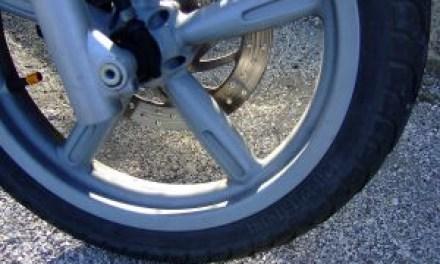 Ohne Führerschein mit dem Roller Unfall gebaut