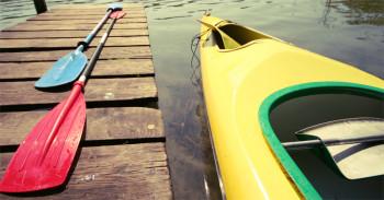 Gekenterter Kajak-Fahrer aus dem Rhein bei Mainz gerettet