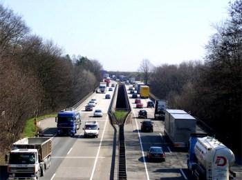 Unfall auf der A61. (Symbolbild: stock:xchng)