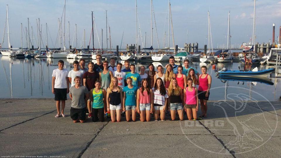 25 Sportler der DLRG Nieder-Olm / Wörrstadt im Freigewässer-Trainingslager in Warnemünde