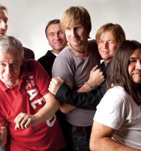 Reggatta de Blanc (Police und Sting-Coverband) spielt am 28. November in Dexheim