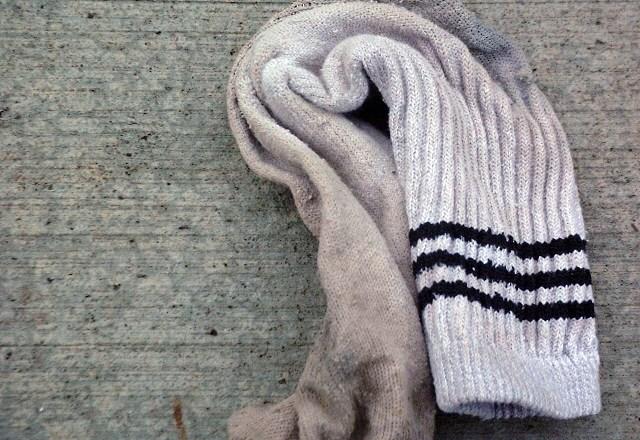 Ladendieb macht sich auf die Socken – im wahrsten Sinne des Wortes!