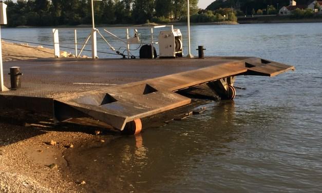 Fährbetrieb über den Rhein in Nierstein kaum noch möglich