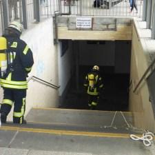 Betroffen war einer der Fluchttunnel im Hauptbahnhof Mainz. (Bild: Feuerwehr Mainz)