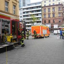 Die Feuerwehr Mainz im Einsatz am Hautbahnhof. (Bild: Feuerwehr Mainz)
