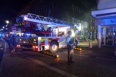 Drehleiter war im Einsatz. (Bild: Feuerwehr Mainz)