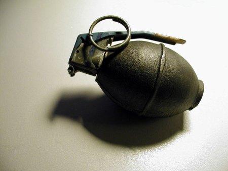 Handgranate im Auto - Schreck lass nach. (Symbolbild: stock:xchng)