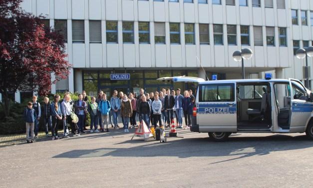 POL-PPMZ: Girls'- und Boys'Day: Junge Leute im Polizeipräsidium