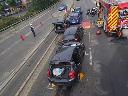Endstand der beteiligten Fahrzeuge. (Foto: Polizei Mainz)