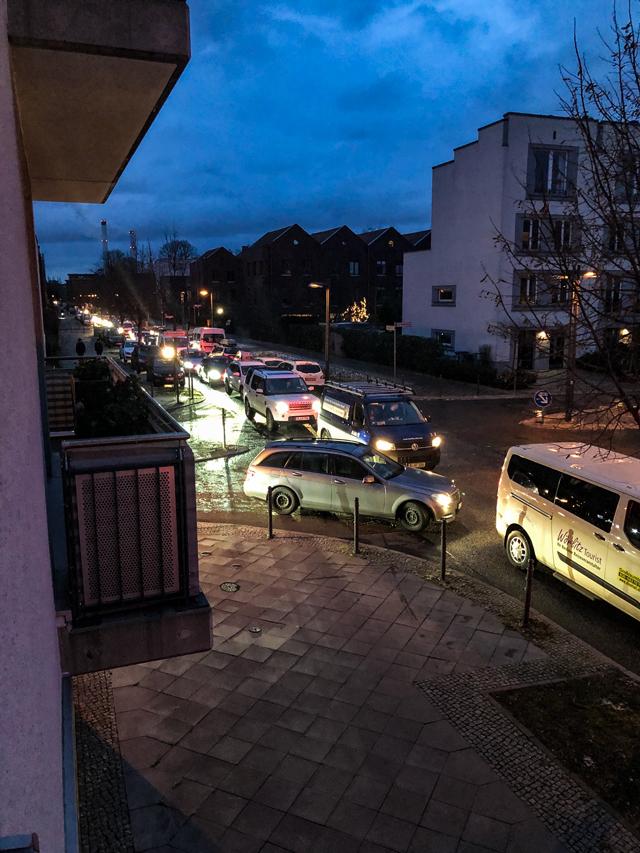 Durchgangsverkehr An der Bucht, Berlin-Rummelsburg