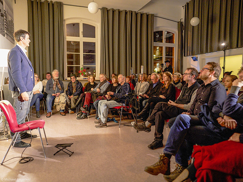 WiR – Wohnen in der Rummelsburger Bucht Nachbarschaftsverein – buchtkonzert 02 - Ferenc Snétberger_00010