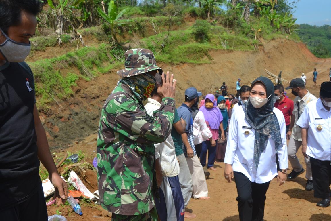 TMMD Sengkuyung III Kodim 0702 Purbalingga, Bangun Jalan Tembus Tegalpingen – Tumanggal