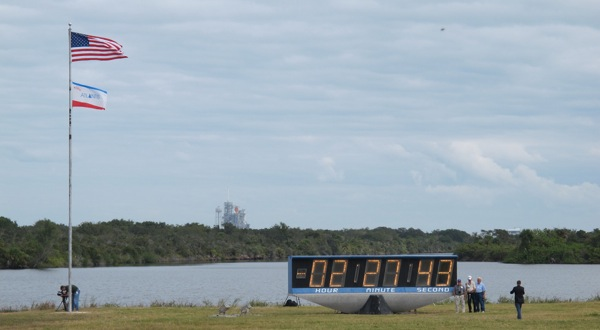 Atlantis STS-129 Countdown (Courtesy of @MoonRangerLaura at the STS-129 TweetUp)