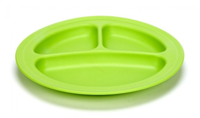 Eco friendly plate ends horror of food touching. (Image: greentoys.com)