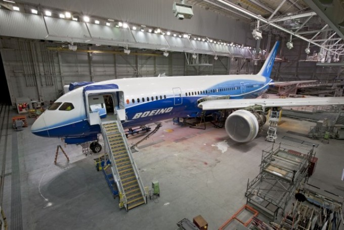 Boeing 787 Leaves Repair Shop  Moves Closer To Flight   WIRED Much of the aviation industry is sweltering at the Dubai Air Show this  week  but one plane everyone s talking about is sitting in a hangar north  of Seattle