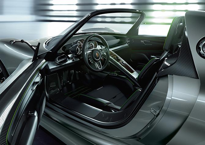 porsche-918-plug-in-hybrid-rendering-03