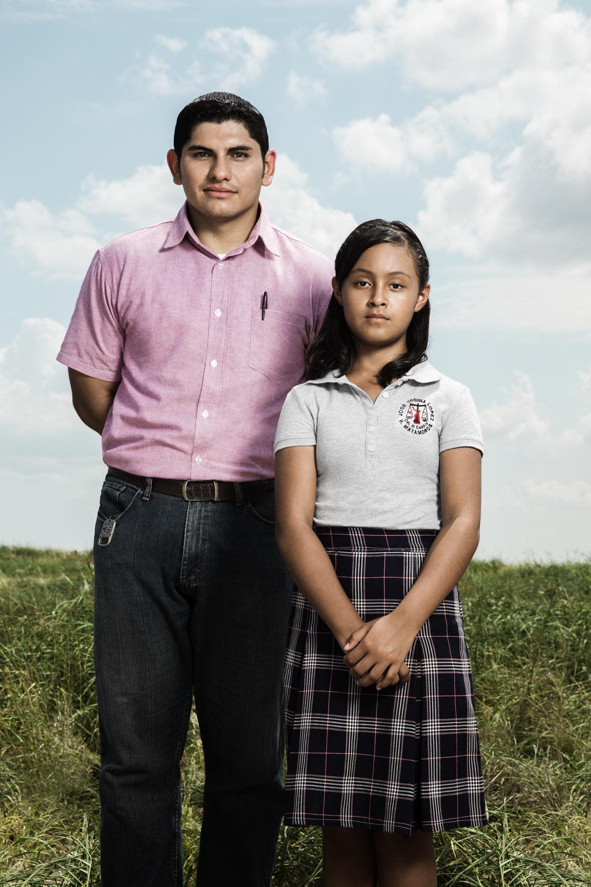 El profesor Sergio Juárez Correa y su alumna más destacada, Paloma Noyola Bueno.