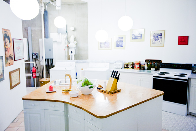 Townsley's kitchen.  Photo by Jim Merithew/Wired.com.