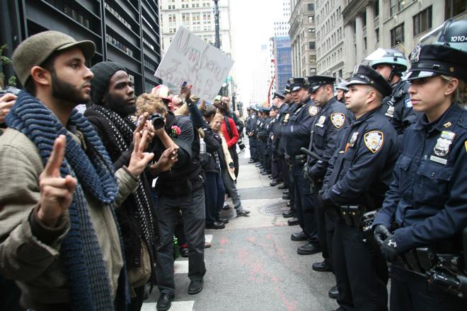 https://i2.wp.com/www.wired.com/images_blogs/threatlevel/2011/11/zucotti-1.jpg