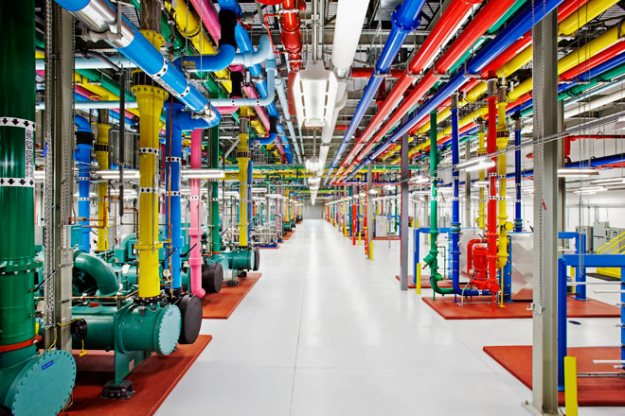 A server room in Council Bluffs, Iowa.  Photo: Google/Connie Zhou