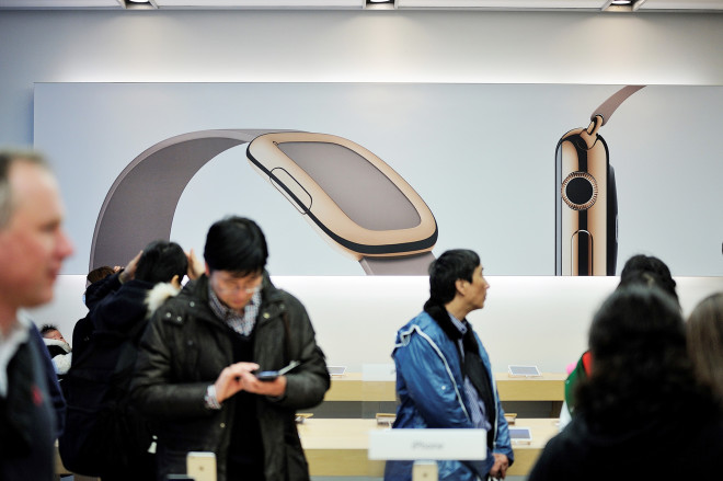 Why Apple Doesn't Want You to Line Up for Its Watch