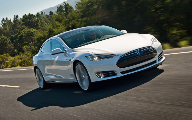 Tesla's Model S Seat Belt Recall Isn't Actually a Big Deal
